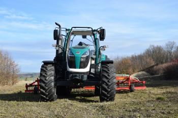 AKCE - Kolový traktor ARBOS 5115 – verze GLOBAL