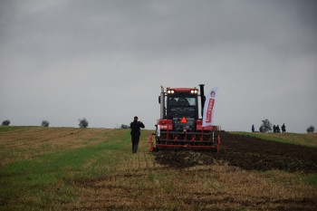 Fotogalerie - Traktory Kirovec