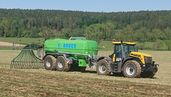 Cisterna Bauer v podniku AGRO KOLOMĚŘICE