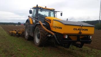 Secí stroj Claydon v Kladrubech