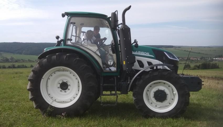 Kolový traktor ARBOS 5130 – verze GLOBAL