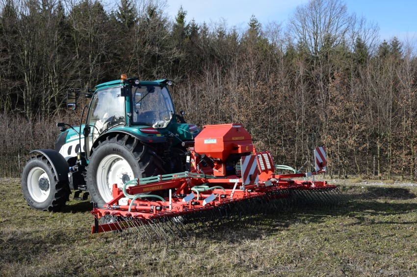 Traktor Arbos 5115 Global + Einböck Pneumaticstar 600 MD