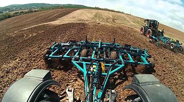 Stroje na zpracování půdy